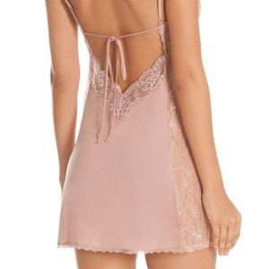 NWT In Bloom by Jonquil Blush Calm Chemise